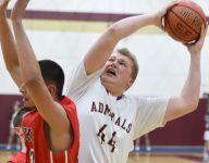 Arlington basketball performs 'random acts of kindness'