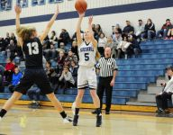 Richmond girls basketball runs by Yale