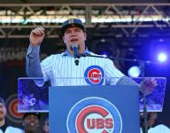 Cubs slugger Kyle Schwarber returns home to thank his high school football coach