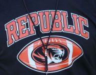 Republic hires Neosho coach to lead football program