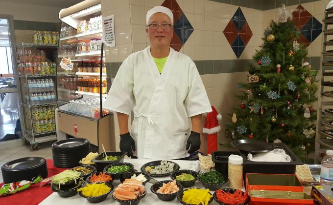 Shaler cafeteria hosts sushi chef to introduce students to new cuisine