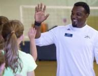 VIDEO: Ex-NFL RB Brandon Bennett now a head coach in native South Carolina