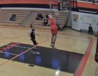 VIDEO: One-armed 8th-grader dunks in game: 'It was such a great feeling'