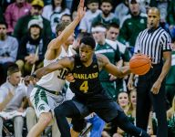 Sexton grad Jalen Hayes named player of week