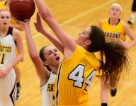 Volleyball star Taryn Knuth dominates for Johnston's hoops team, too