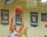 Roundup: Talley leads Warriors past Stevens