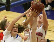 Appleton West wins another close finish