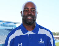 Former NFL cornerback Donnie Abraham set to leave IMG Academy for Illinois