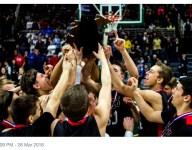 A team from Michigan's Upper Peninsula has the nation's longest basketball winning streak