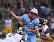 Glendale quarterback Alex Huston recognized with national award in native Ohio