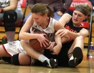 West De Pere, Seymour meet again for higher stakes