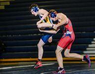 Grand Ledge wrestlers capture Division 1 district title