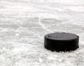 Youth hockey coach gets bigoted text from parent: 'Makes more sense if it's not some Muslim guy teaching it'