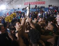 Size, shooting lead Holt boys past Mason for district title