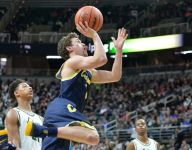 Class A boys hoops: Foster Loyer leads Clarkston to state title game