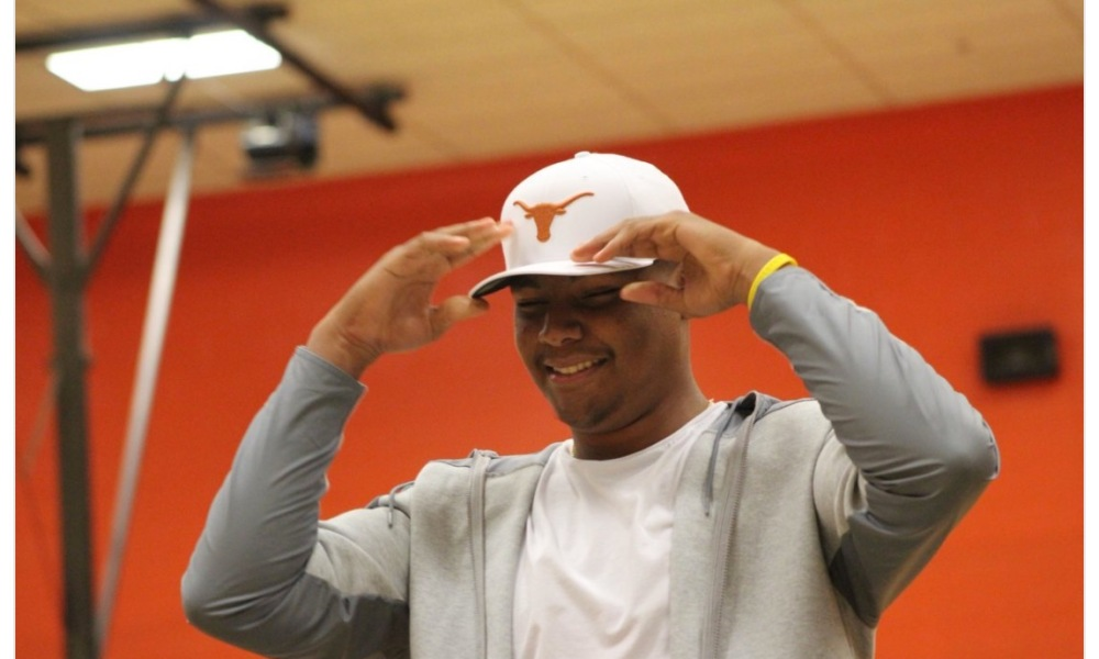 Ron Tatum committed to Texas ahead of scholarship offers from Oklahoma, Alabama and others (Twitter screen shot)