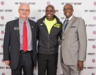 Olympic legend Carl Lewis forms partnership with AAU