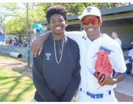 Deion Sanders' son Shilo breaking out with major DI offers