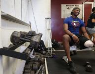 Former Fla. two-sport star makes inspirational return to weight room after losing leg to cancer