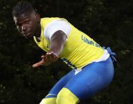 Alabama commit Xavier Williams drawing lofty comparisons: He's 'a freak of nature'