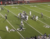 """VIDEO: Calif. receiver does """"Spider-Man"""" impression on one-handed grab, TD run"""