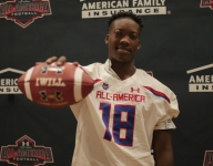 Alabama commit Quay Walker receives Under Armour All-America jersey
