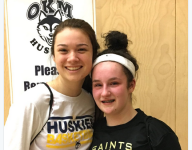Canadian girls basketball player dishes memorable assist to opponent with torn ACL