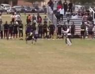 VIDEO: Jayvon Fulton is ultimate ankle breaker in 7v7 tournament