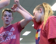 Colorado brother and sister could both win boys wrestling state titles