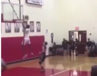 Purdue SG signee Eric Hunter Jr. threw down a massive 360 jam in the middle of a game