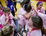 After losing everything in house fire, Iowa girls basketball champ has small town 'standing right behind me'