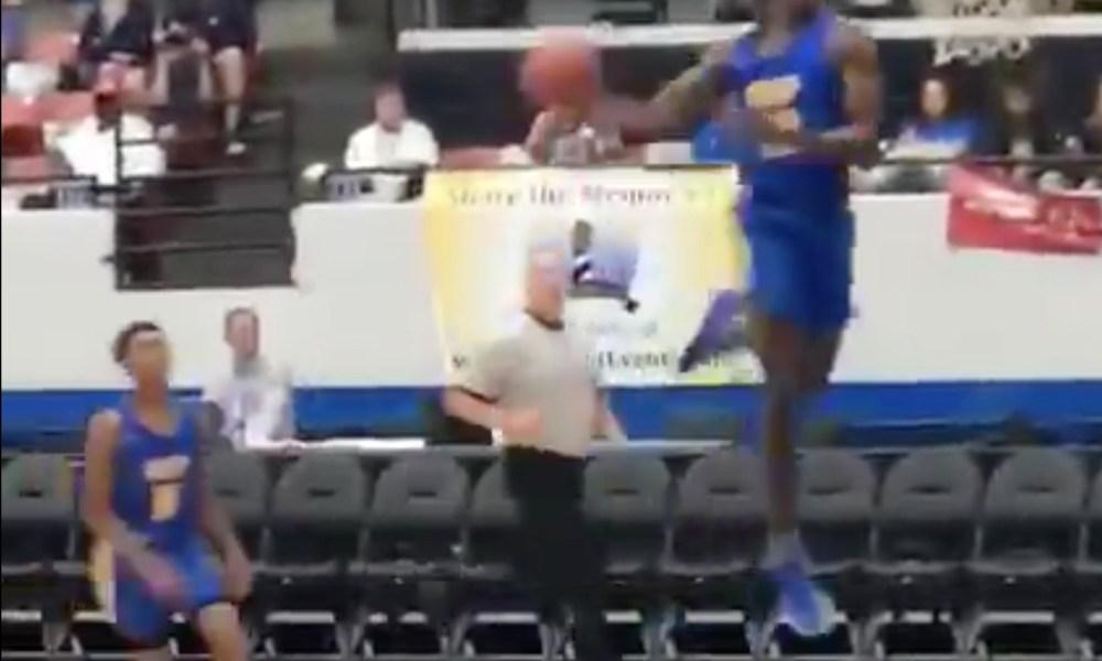 Nassir Little throws down a massive dunk for Orlando Christian Prep (Photo: @overtime/Twitter screen shot)