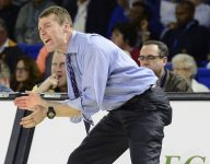 Former Vandy star-turned-coach nails longest backwards shot ever recorded