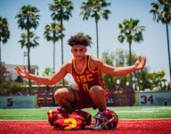 ALL-USA Watch: 4-star USC WR commit Drake London pulled in perfect running one-handed grab on TD