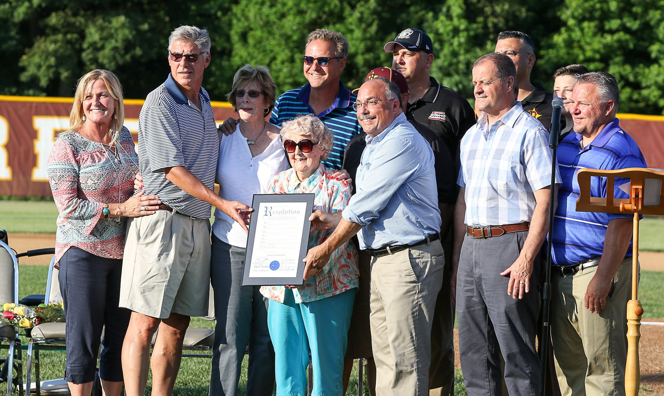 New Jersey Little League park named after Al Leiter and family