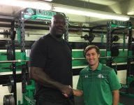 Shaquille O'Neal visits new high school weight room after donation