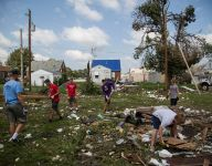 Ahead of state tournament, baseball team aids city's tornado recovery