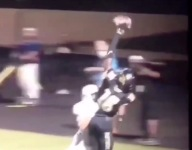 Jaelen Anderson made the one-handed scoring grab of the century