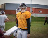 6-foot-10 QB shouldering Iowa HS football team's lofty expectations