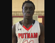 Akok Akok commits to UConn after withdrawing from Putnam Science Academy
