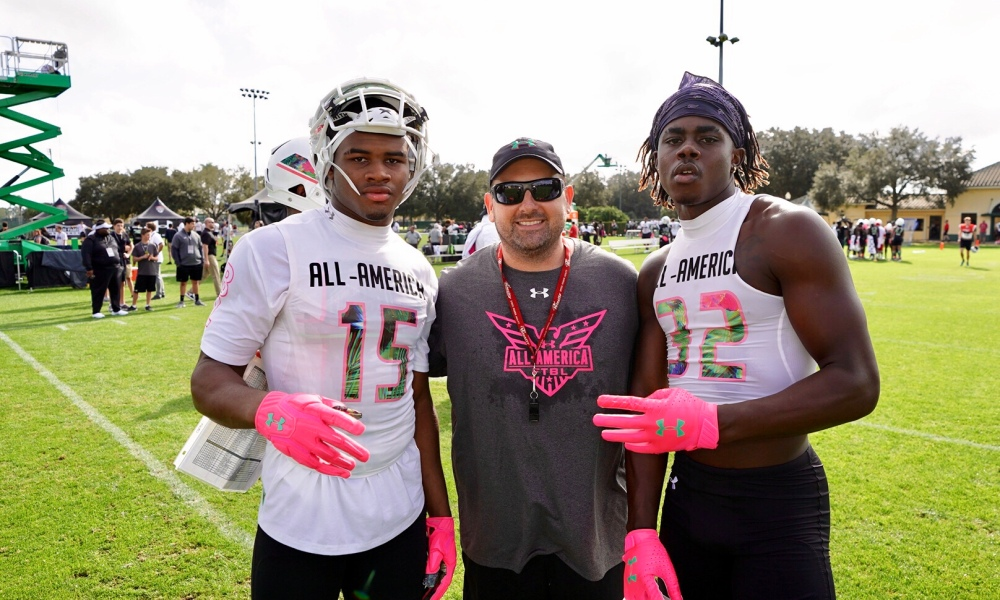 Under Armour All-America WRs Devonta Lee, left, and Dylan Wright, right (Photo: Intersport)