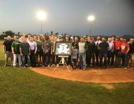 Horizon (Scottsdale, Ariz.) retires baseball coach Eric Kibler's jersey in emotional return