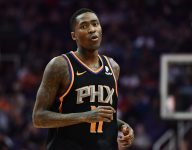 Jamal Crawford 'crossed over' by kid using height difference to his advantage