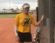 Deaf Arizona HS pitcher Morgan Leinstock fearless on softball field