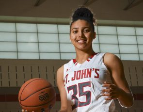 Azzi Fudd named 2021 Morgan Wootten Girls HS Basketball Player of the Year