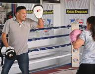 Former welterweight champion Jose Celaya teaching boxing in hometown