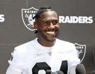 WATCH: Antonio Brown works out with Hawaii high school