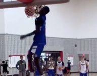 WATCH: Jimma Gatwech gets elbows through rim on insane dunk at summer practice