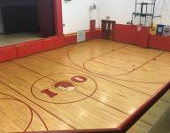 Column: One high school gym, two states: a midcourt stripe with an interesting divide
