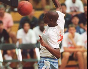Vince Carter: 'I was teased' for playing volleyball in high school